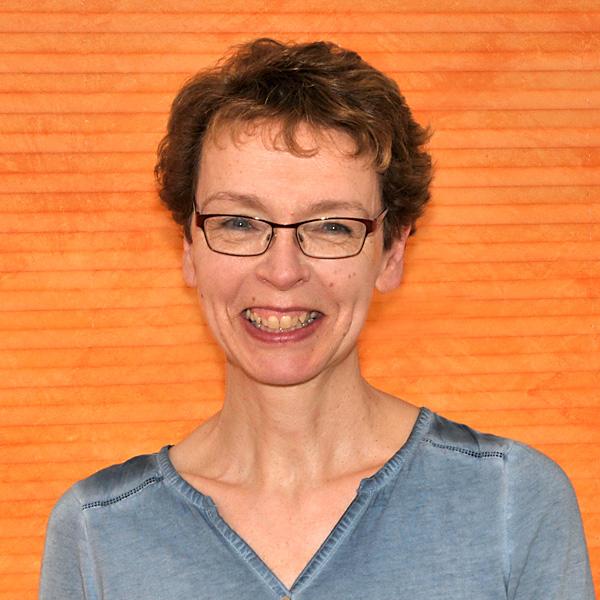 Frau Schwarz, Leitung der Kita Pusteblume