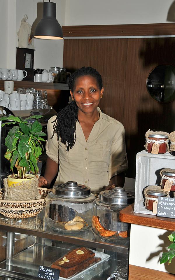 Muthoni Schneidewind, Gründerin des Chania Coffee House
